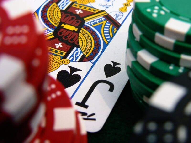 How Do Free Spins Work In Online Casinos? Things You Need To Know