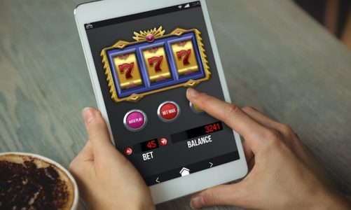 What is rollover in online casino?